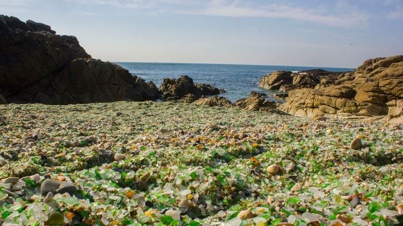 Nesta praia há cristais em vez de areia e fica bem perto de Portugal