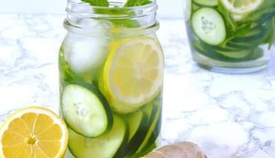 5 motivos por que beber água com pepino e limão faz bem à saúde