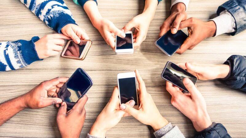 O seu telemóvel gasta muita bateria? Saiba porquê