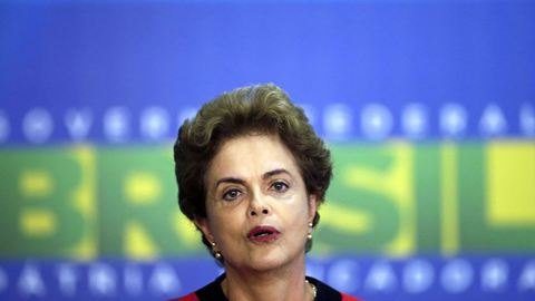 Dilma Rousseff cancela viagem aos EUA no meio de crise política interna