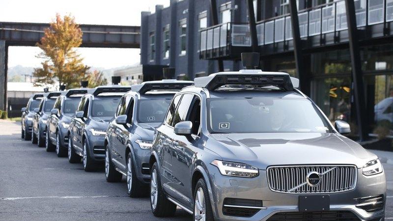Uber vai comprar 24 mil Volvo XC90 para criar carros autónomos