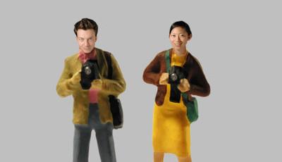 Ele é francês, ela japonesa, fotografam juntos e adoram o mundo da cozinha em miniatura