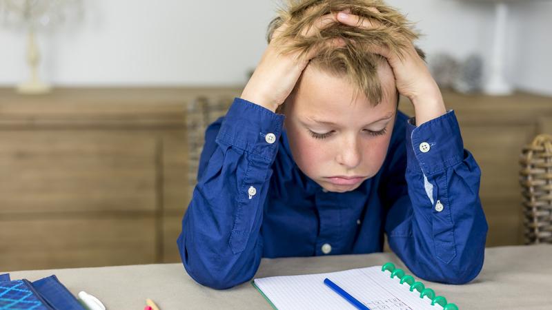 5 conselhos para lidar com as más notas dos miúdos durante as férias