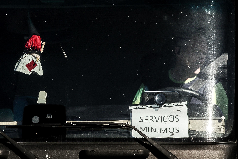 Motoristas. Sindicato e patrões reúnem-se na segunda-feira para definir os serviços mínimos