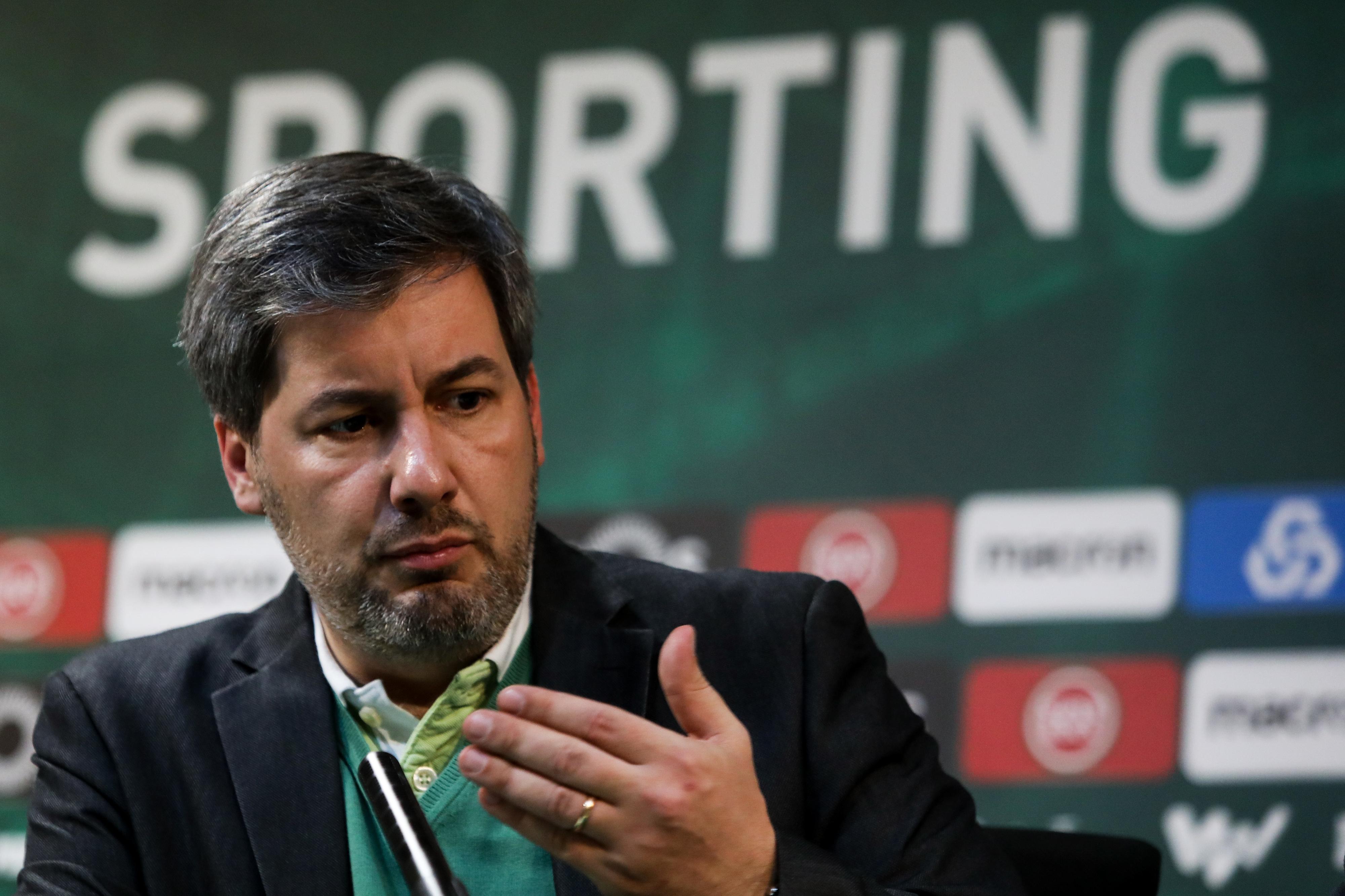 Bruno de Carvalho nega ter pago quotas a sócios para votarem contra a sua destituição