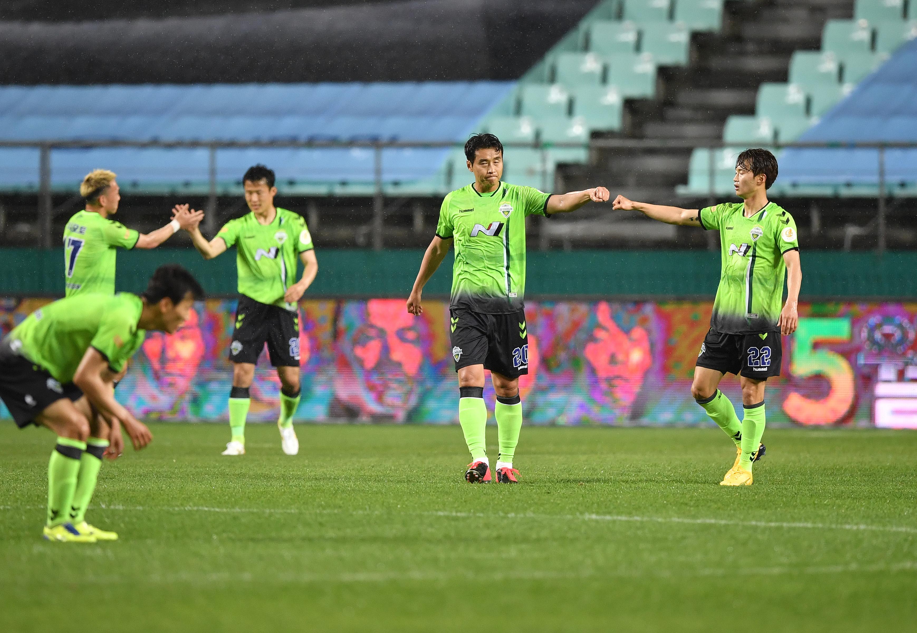 Jeonbuk, de José Morais, soma nova vitória e lidera na Coreia do Sul