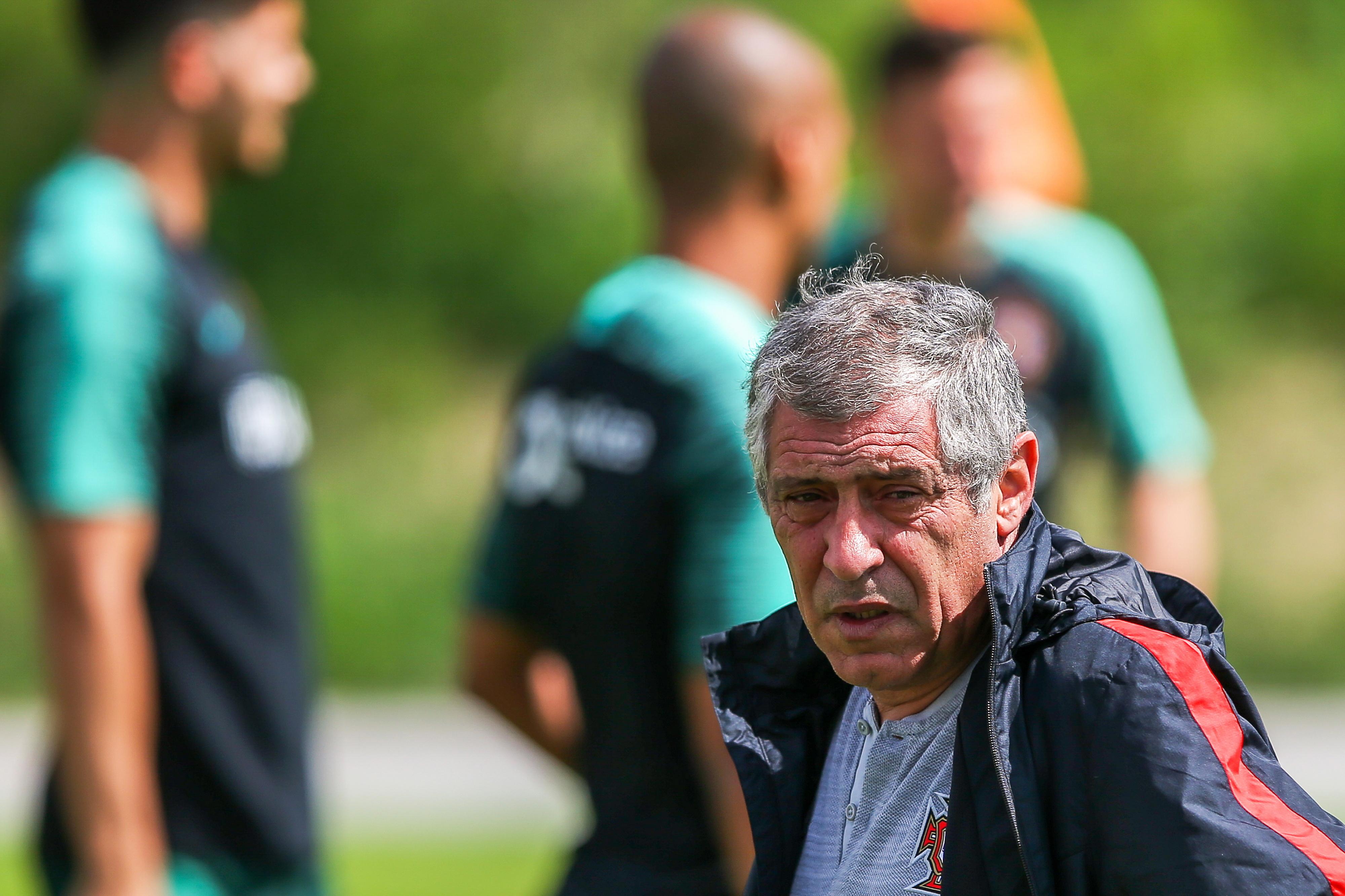 """Fernando Santos: """"Espero que o Cristiano volte a estar num grande nível"""""""