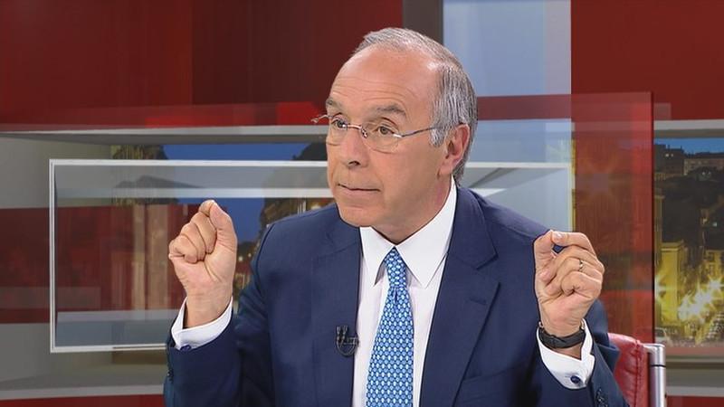 """Governo está a cometer algumas """"falhas sérias"""" nas medidas de apoio à economia, diz Marques Mendes"""