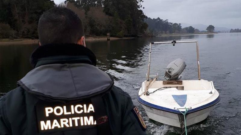 Polícia Marítima portuguesa resgatou mais de 60 migrantes esta quinta-feira