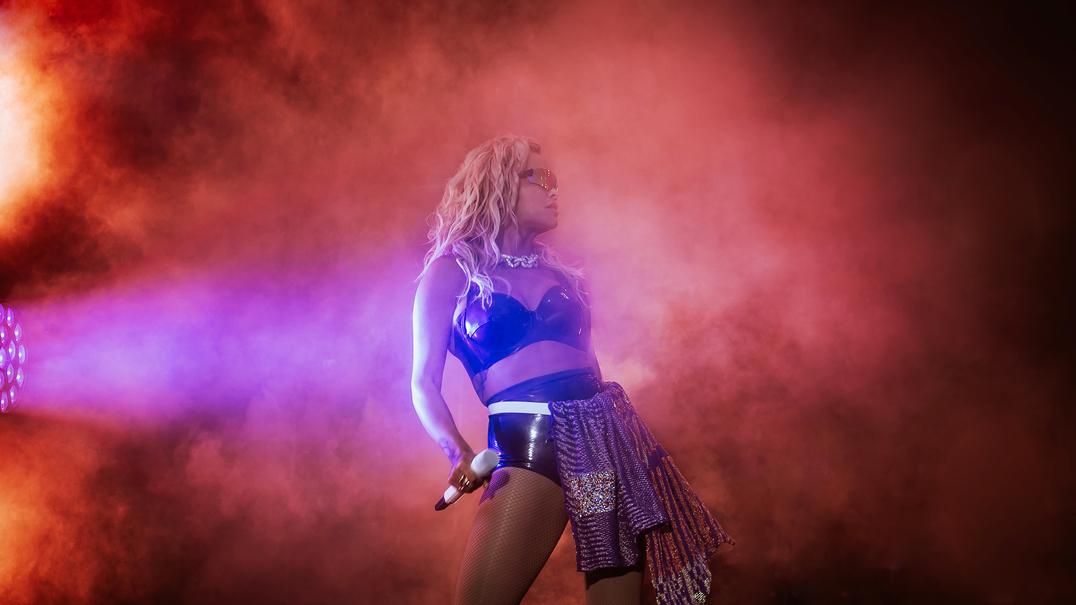 MEO Marés Vivas: fã pediu a Rita Ora para cantar... e surpreendeu todos