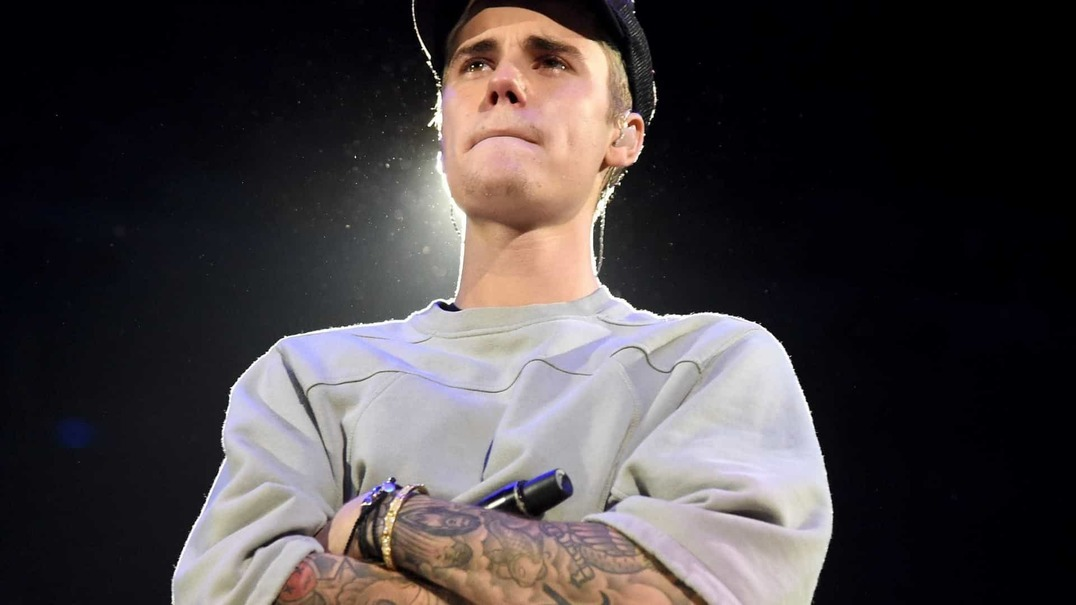 Justin Bieber participa no Sunday Service de Kanye West