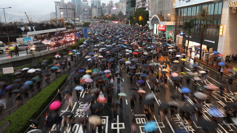 Protesto de hoje juntou mais de 1,7 milhões de manifestantes em Hong Kong