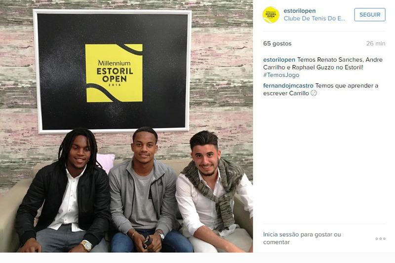Carrillo ao lado de Renato Sanches e Raphael Guzzo no Estoril Open