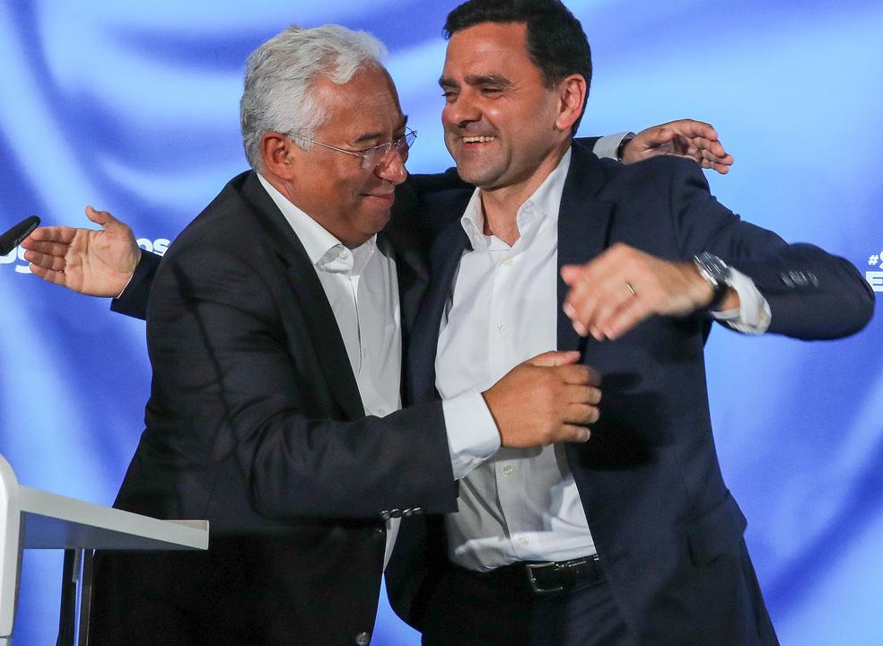 PS obteve enorme vitória e PSD fica a mais de 10 pontos percentuais, diz Pedro Marques