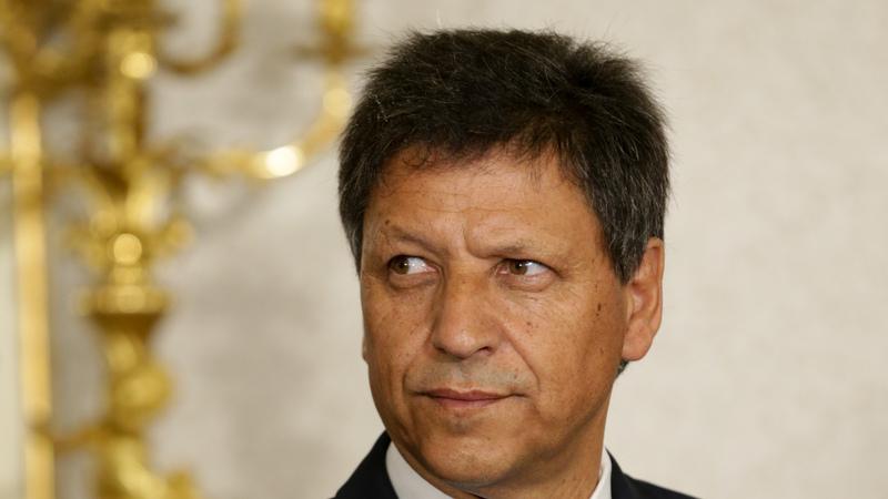 Perfil: José Artur Neves, o secretário de Estado que não resistiu ao calor da polémica das golas antifumo