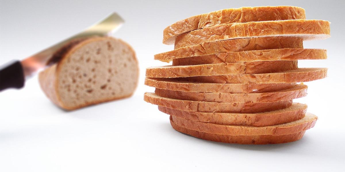 Provavelmente anda a evitá-lo, mas há 10 motivos saudáveis para comer pão