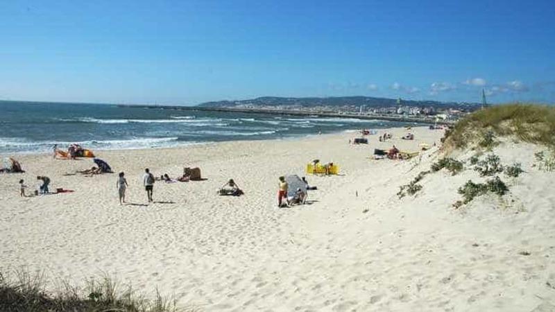 É oficial: época balnear começa a 27 de junho e termina no fim de agosto no Norte