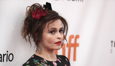 """The Crown"": Helena Bonham Carter vai ser princesa Margarida na série"