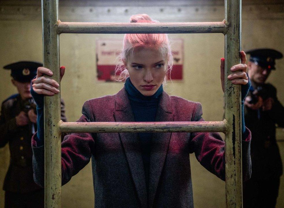 """""""Anna - Assassina Profissional"""": as """"Mata Haris"""" frias e mortais de Luc Besson estão de volta"""