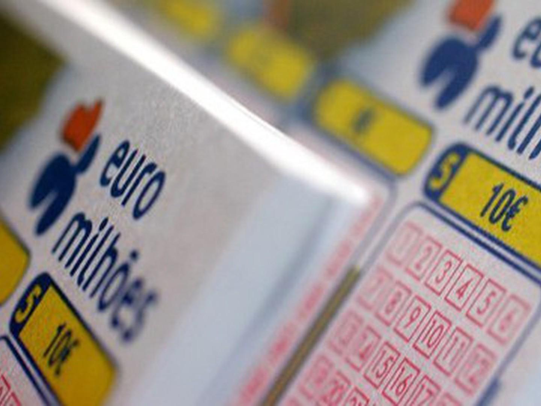 Euromilhões de terça-feira com 'jackpot' de 46 milhões. Veja aqui a chave do concurso de ontem