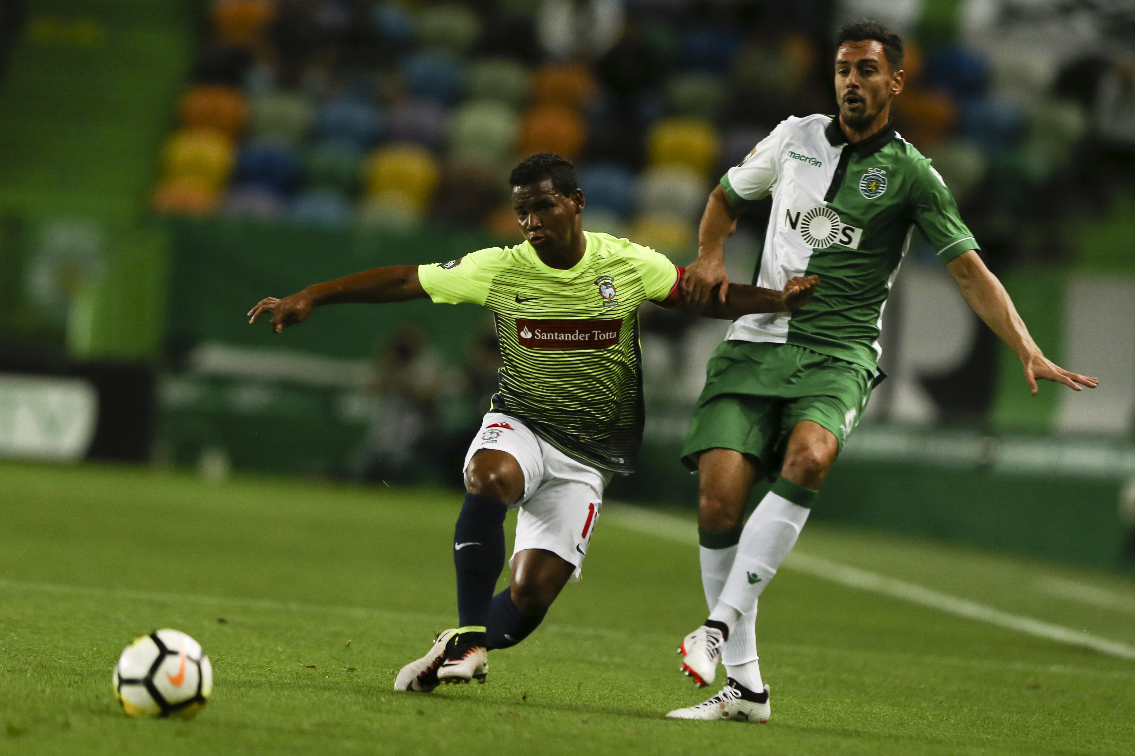 Sporting e Marítimo arrancam fase de grupos da Taça da Liga com empate