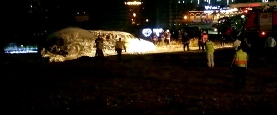 Acidente com jato privado provoca quatro feridos em Istambul