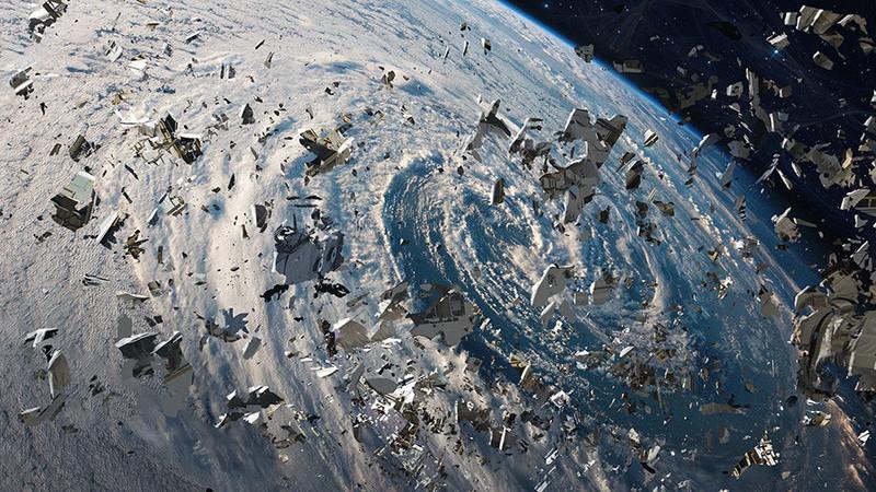 Quer saber o que acontece quando dois satélites colidem? A ESA também