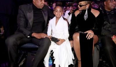 Filha de Beyoncé e Jay-Z arrasa com coreografia ao som de música da mãe