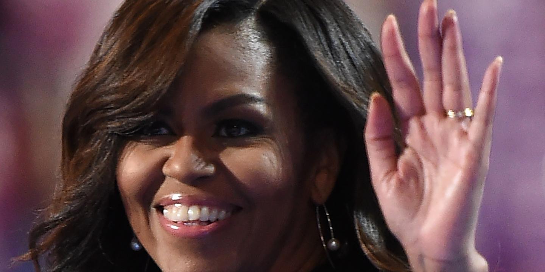 """""""Às vezes pergunto-me quando é que chegamos ao fundo"""". Michelle Obama abre o livro de memórias em """"Becoming"""""""