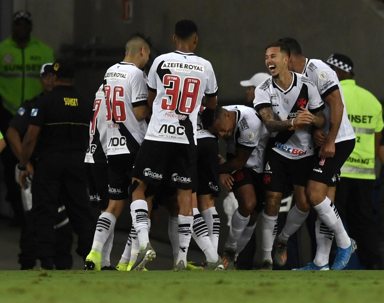 Vasco da Gama bate Flamengo no número de sócios