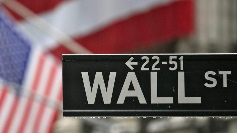 Facebook afunda. Wall Street vai atrás