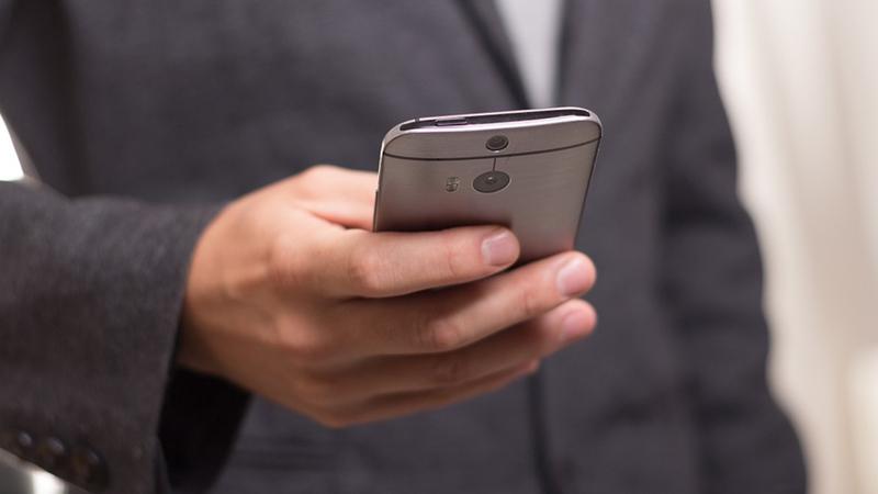 Co-fundador do Android cria smartphone para ajudar viciados no telemóvel