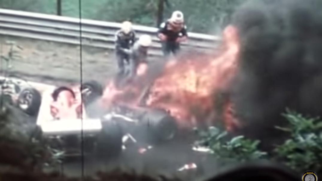 O acidente que quase matou a lenda da F1 Niki Lauda