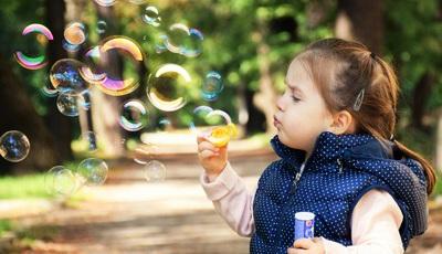 Não ter tempo para brincar pode gerar problemas psiquiátricos nas crianças