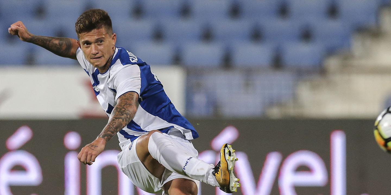 Otávio saiu da ficha de jogo do FC Porto à última da hora
