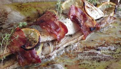Robalo assado com limão, bacon e tomilho