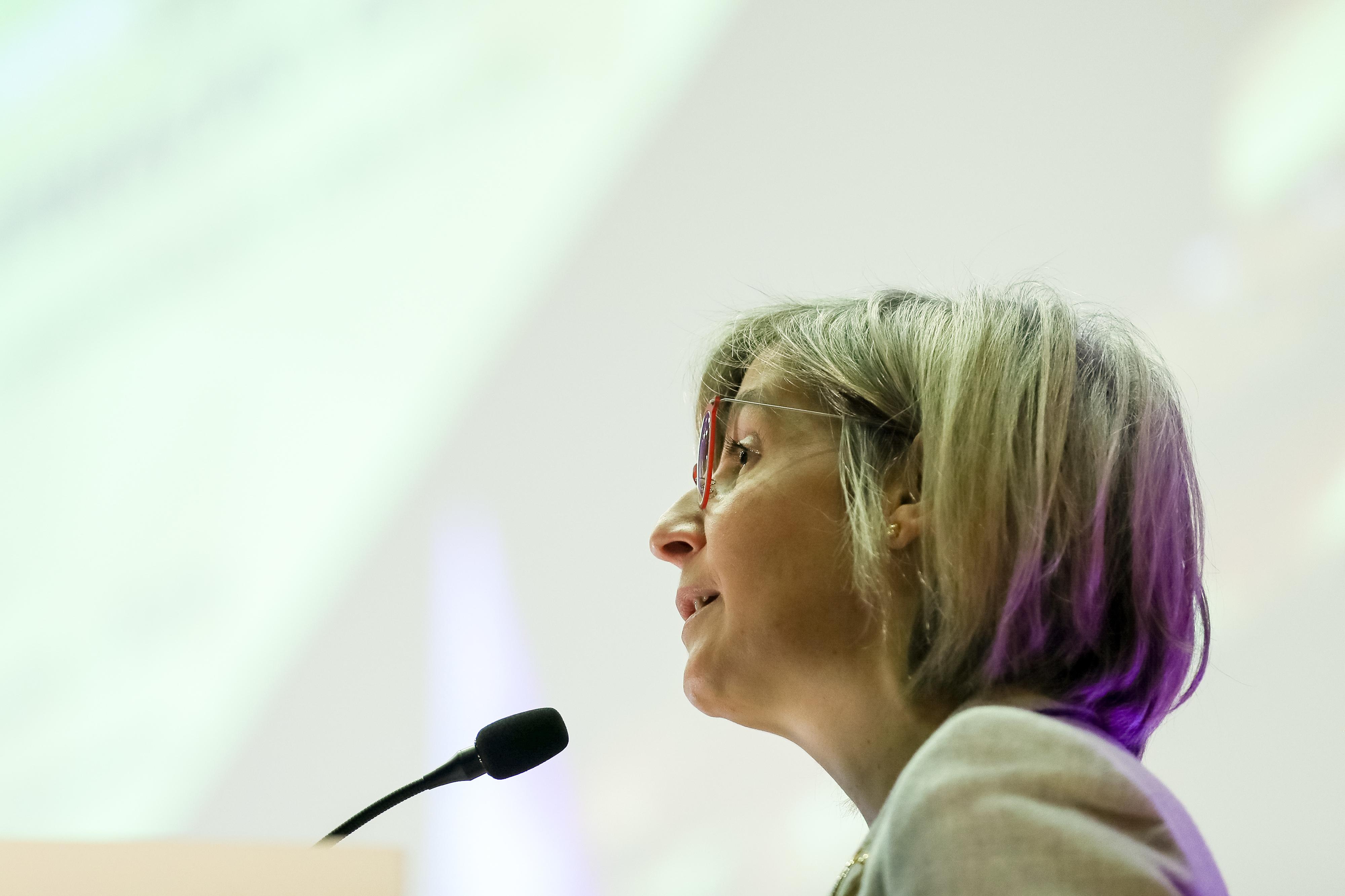Enfermeiros: Ministra diz que discussão sobre carreira de enfermagem está encerrada