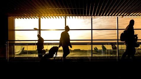 Dicas a reter para o futuro quando viajar de avião