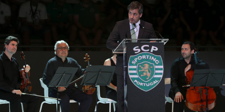 """Bruno de Carvalho: """"Se atrás de mim não estiverem vocês, morro"""""""