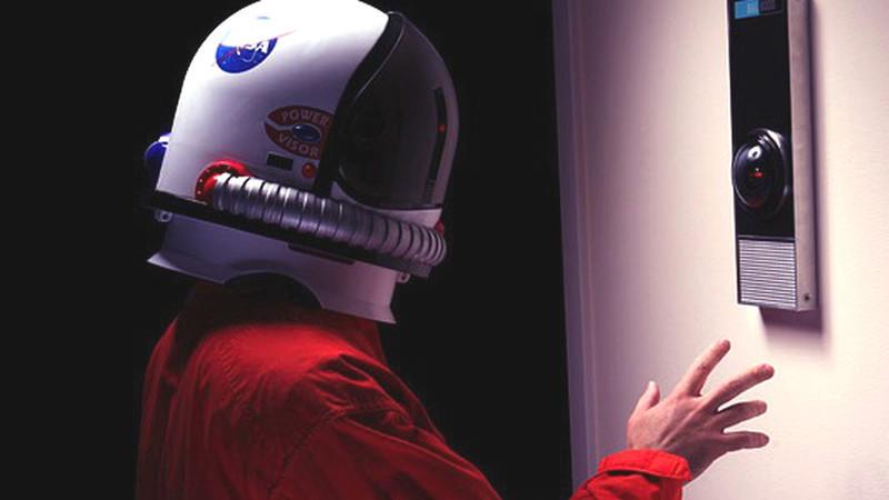Lembra-se de HAL 9000, o sistema de IA de 2001: Odisseia no Espaço? Já o pode encomendar