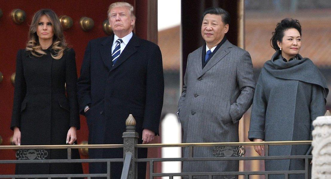 Pequim castiga Wall Street com quedas superiores a 2%