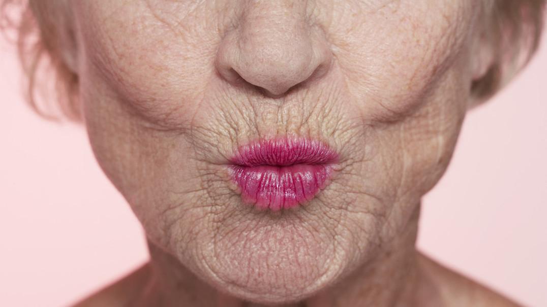 Porque é que nos aparecem rugas quando envelhecemos?