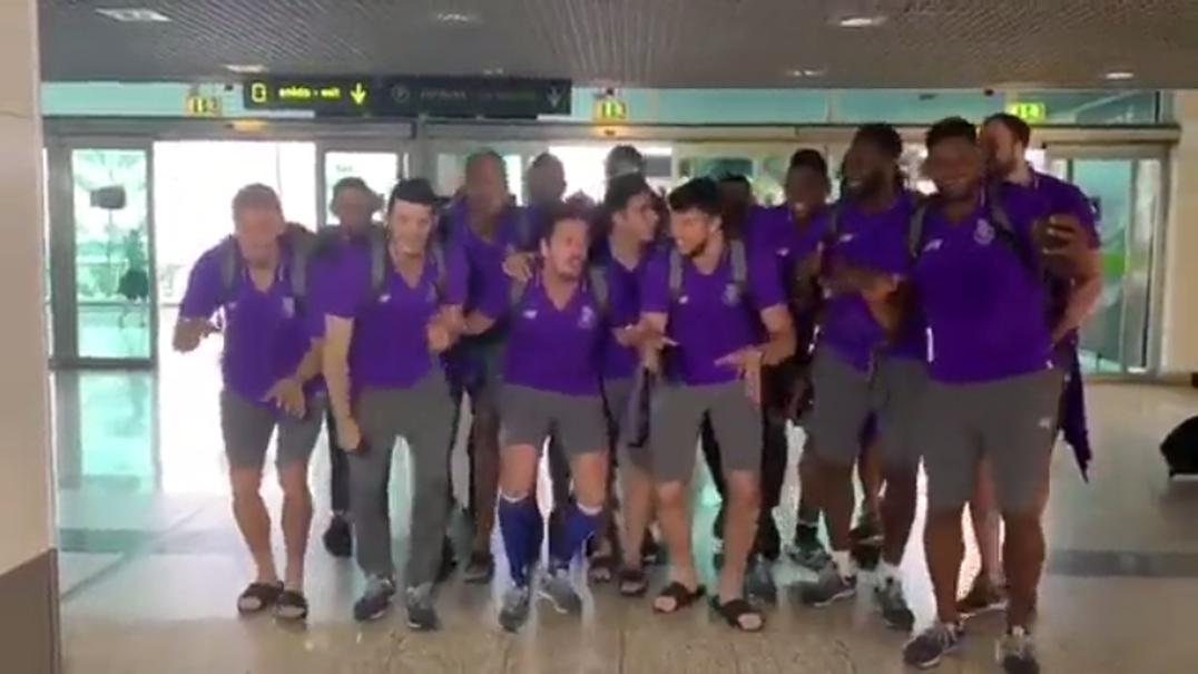 Entrada jogadores do FC Porto de andebol no aeroporto