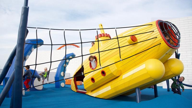 Brincar no século XXI: Adeus, parques infantis previsíveis, com escorregas e baloiços