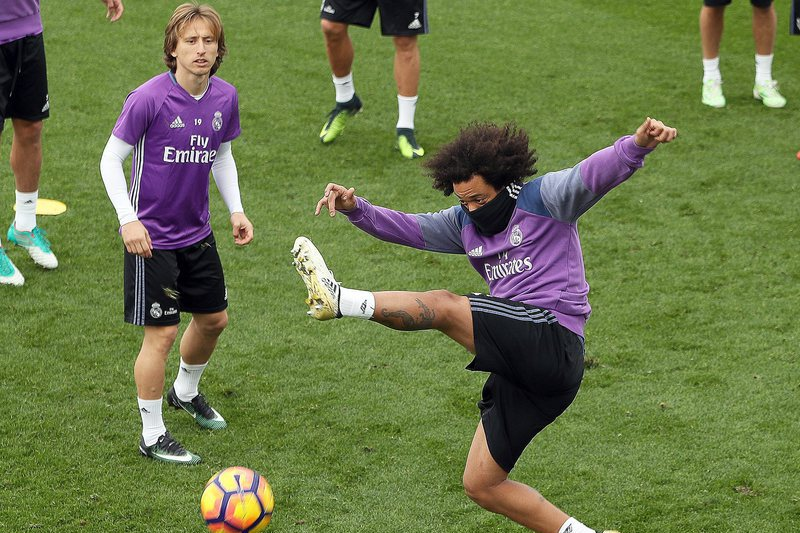 Marcelo e Modric são baixas no Real Madrid