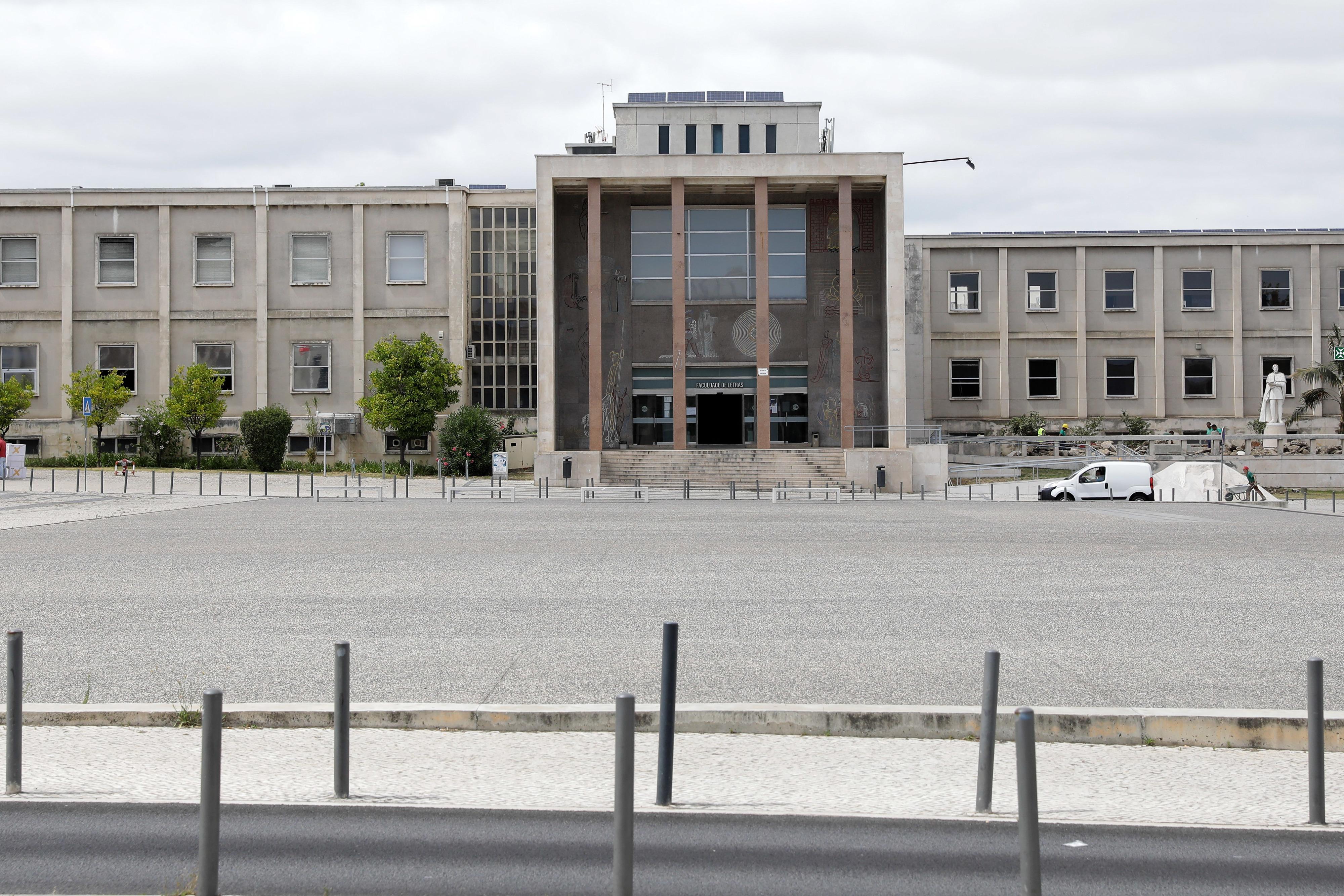 Bloco questiona Governo sobre degradação do edifício da Faculdade de Letras de Lisboa
