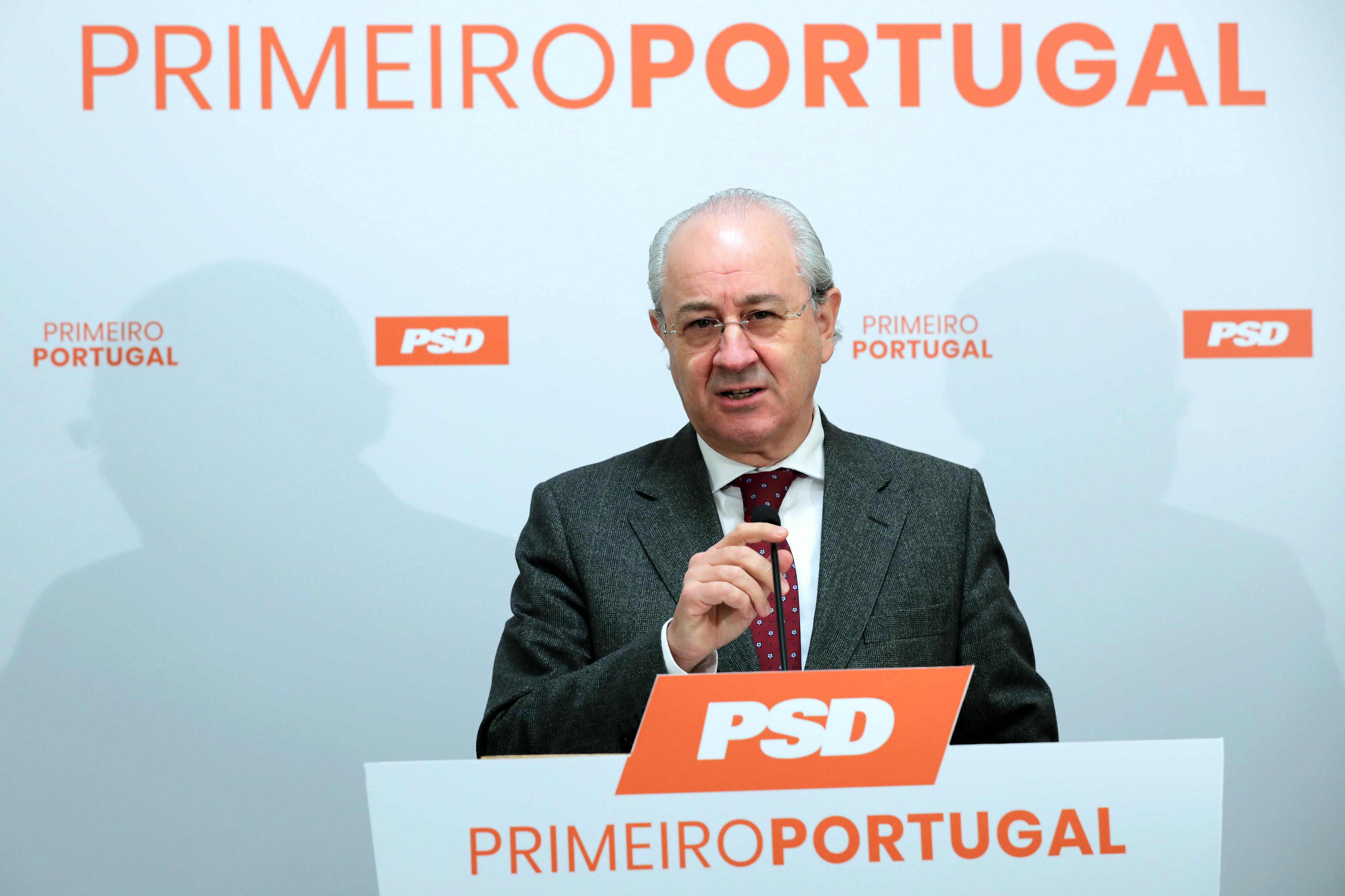 """Rio aponta descontentamento com partidos, mas admite que """"não é fácil"""" fazer diferente"""