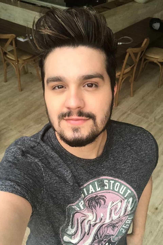 Luan Santana comenta rumores sobre homossexualidade