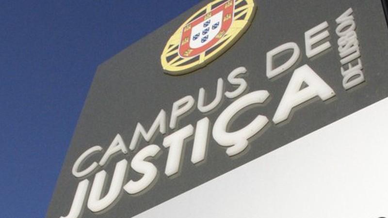 PSP detém adepto do Benfica junto ao Campus da Justiça em Lisboa