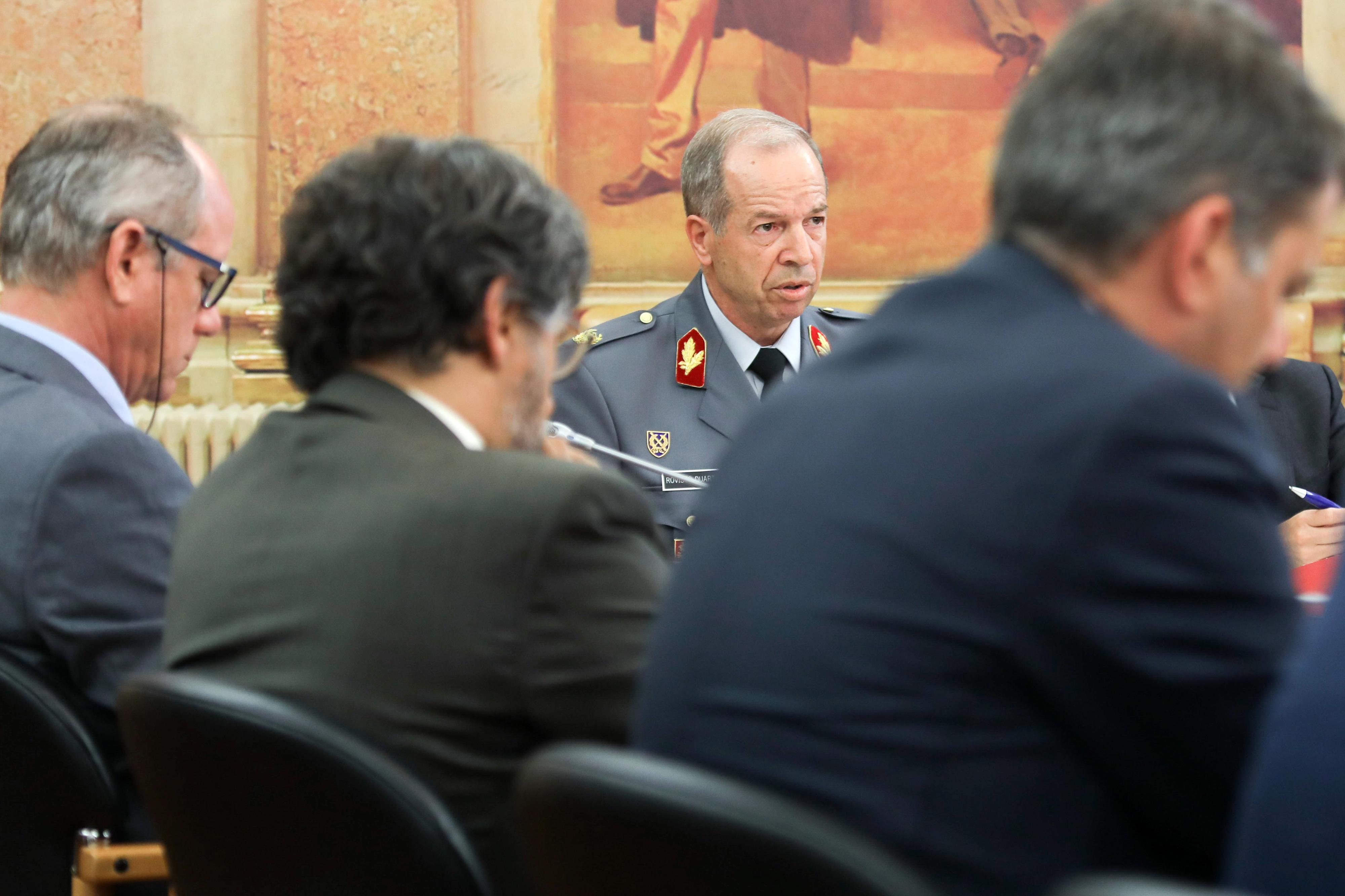 Ministério da Defesa inicia processo de substituição de Rovisco Duarte na chefia do Exército